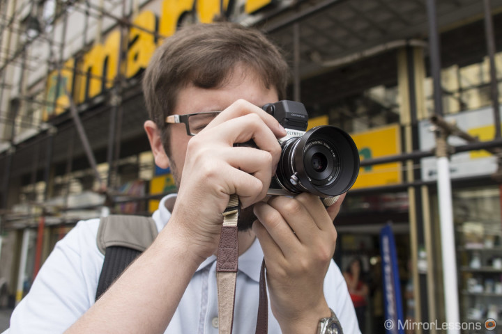 Shooting with the E-P5 and its viewfinder
