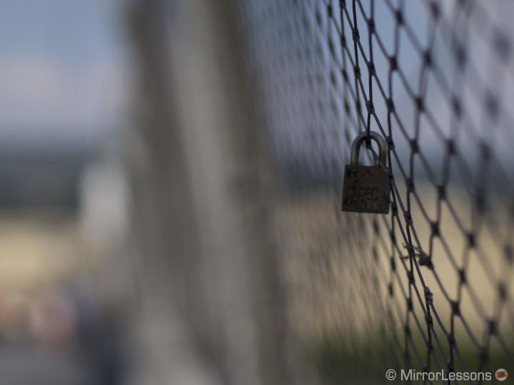 Obtaining a Shallow Depth-of-Field in Bright Sunlight with the Olympus Pen E-P5