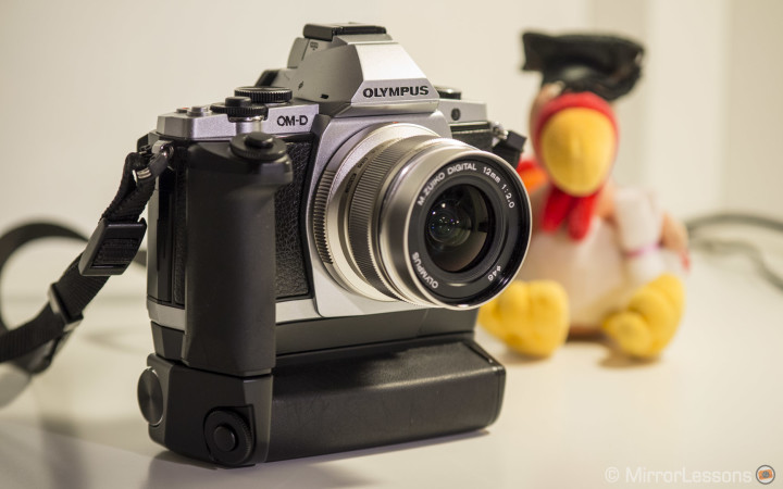 Olympus OM-D E-M5 Grip Review: Turn your E-M5 into a 3-in-1 camera!