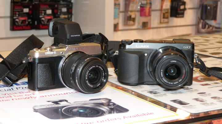 The E-P5 and GX7 together