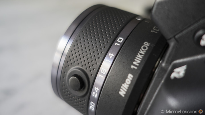A closer look at the 10-30mm f/3.5-5.6 kit lens