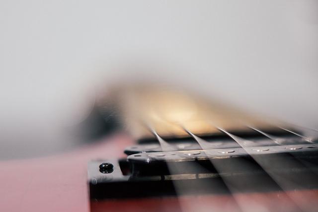 Strings by Othman Kammah
