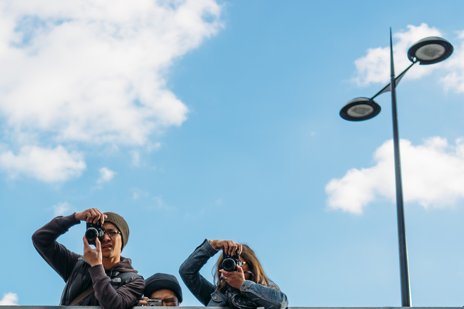 Olivier Glod Using the Sony RX1R for Street Photography