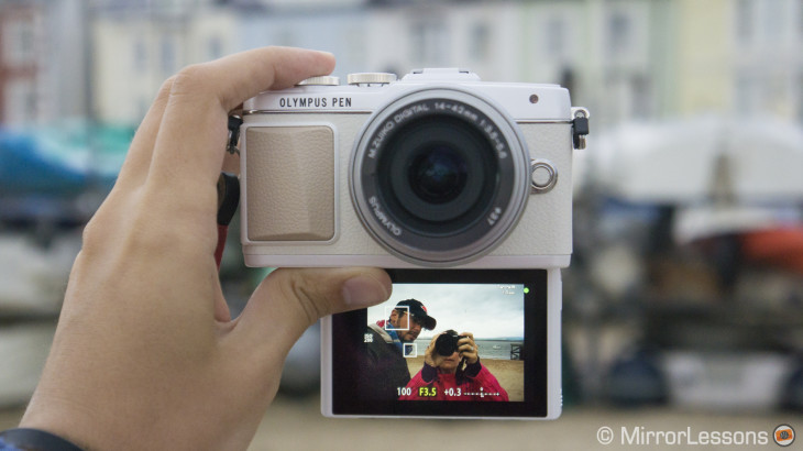 Let's take selfies! First impressions of the new Olympus Pen E-PL7