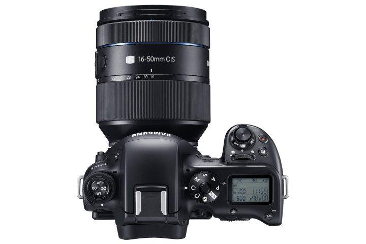 NX1 with 16-50MM_4