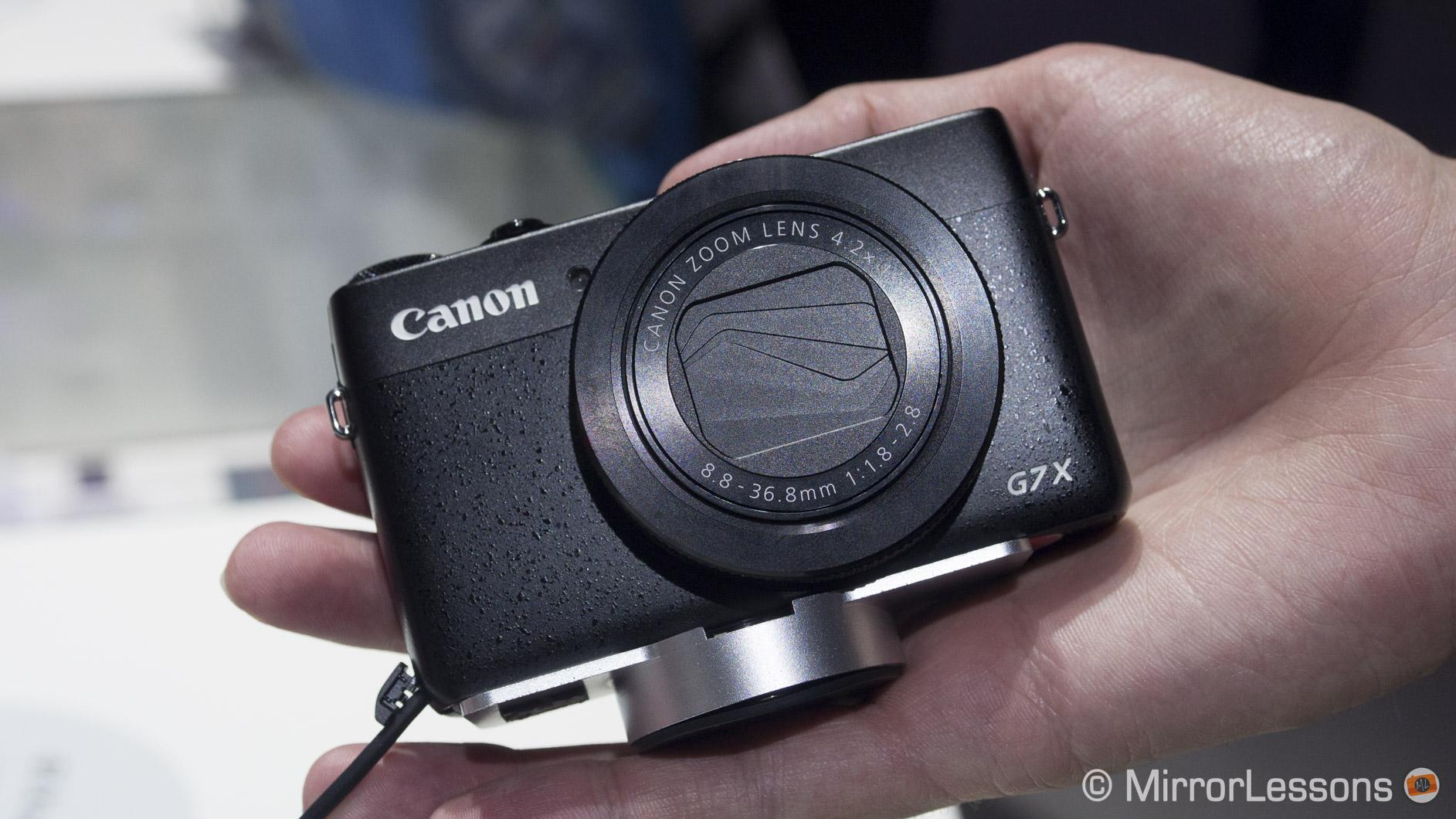 canon mirrorless camera reviews