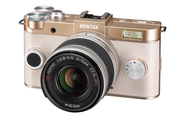 pentax q-s1 smallest mirrorless camera