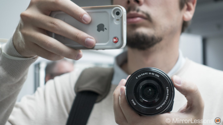 Do smartphones and interchangeable lenses go together? – Hands-on with the Sony QX1