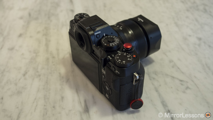 Get a grip on the Fujifilm X-T1! – Review of the Lensmate Thumb Rest & Lolumina Soft Button