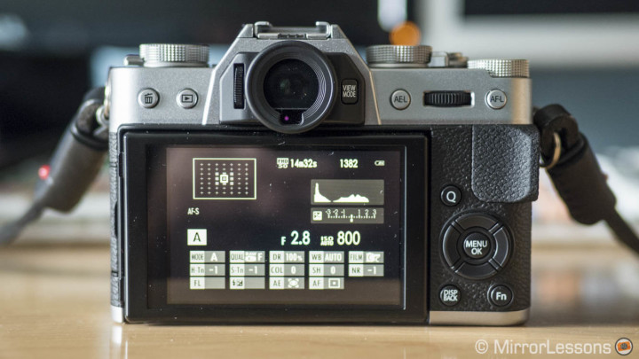 fujifilm x-t10 review