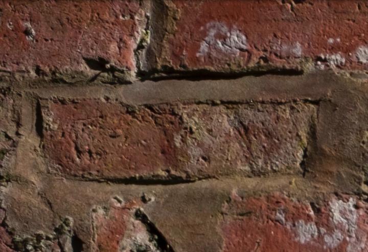 f/8 (Corner)