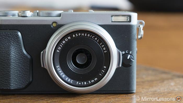 fuji x70 lens