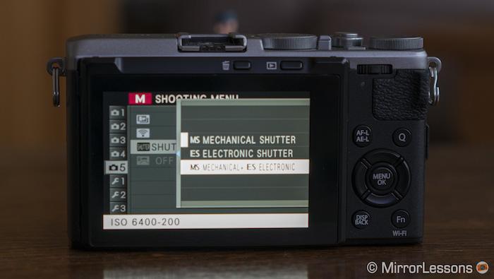 x70 electronic shutter