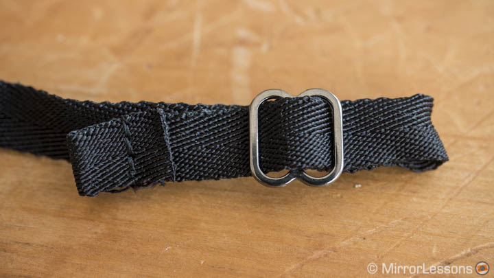 4V design wrist strap review